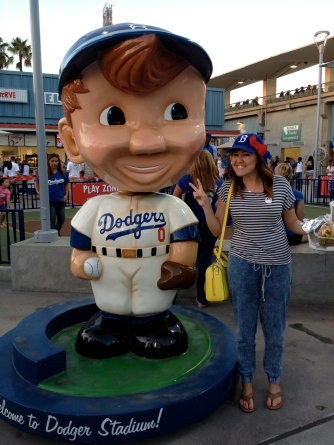 hello kitty dodgers bobblehead